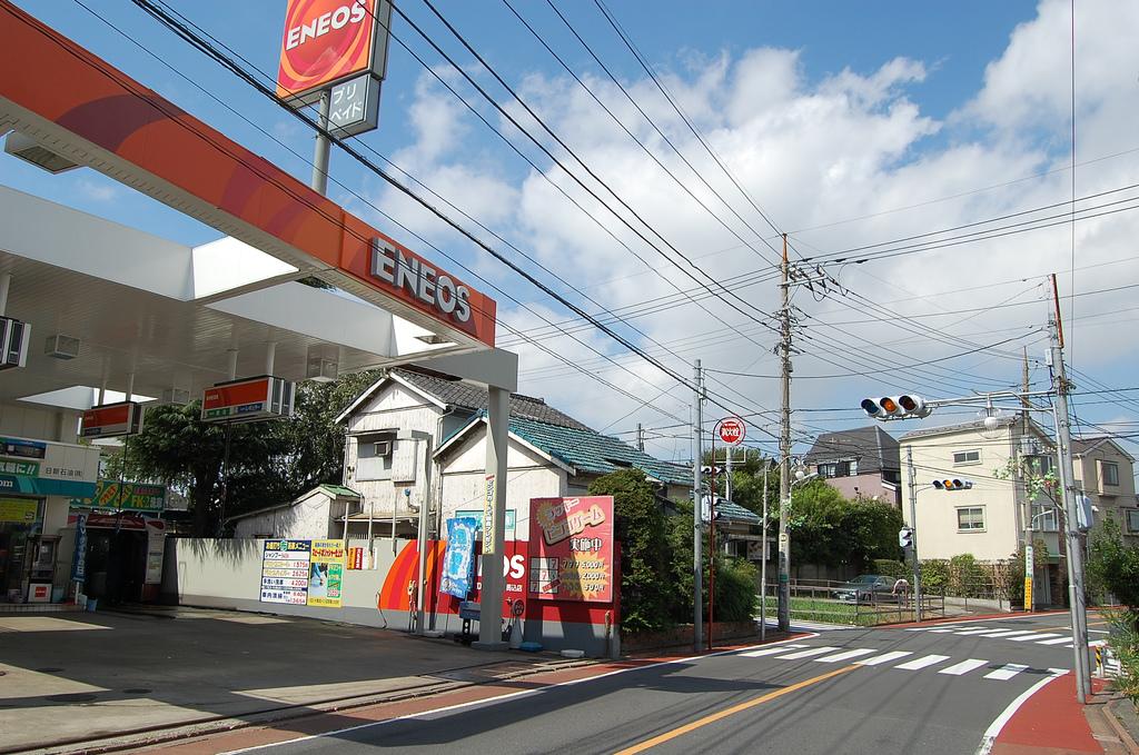 ガソリンスタンドでオイル交換しているという方へ、世の中にはこんなスタンドもあります。