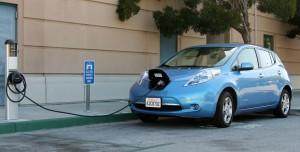 日産自動車の電気自動車「LEAF」