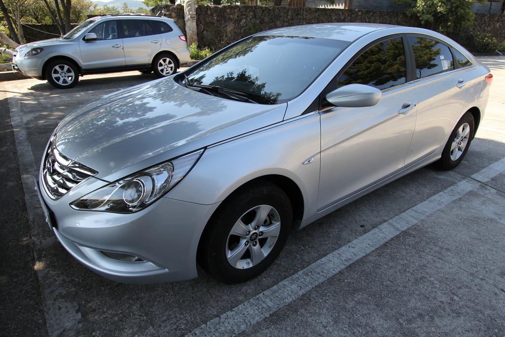 アメリカで日本車より高い評価を受けた韓国の現代自動車「ソナタ」ってどんな車?