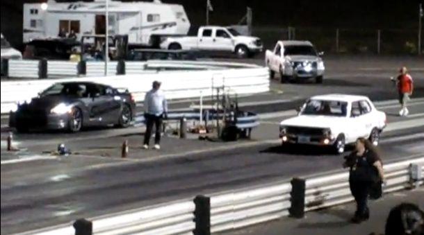 電気自動車のポテンシャルが驚くほど良く分かる動画『日産サニーvs日産GT-R』