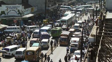 ケニアの首都ナイロビのトラフィック