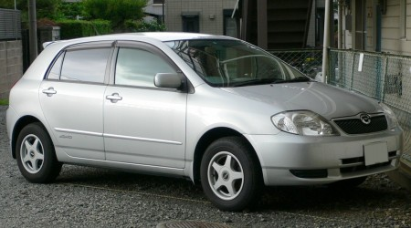 トヨタ「カローラランクス」