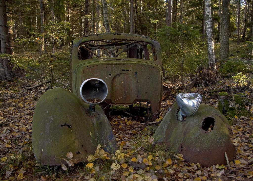 錆びた車-21