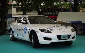 マツダ「水素ロータリーエンジン車」