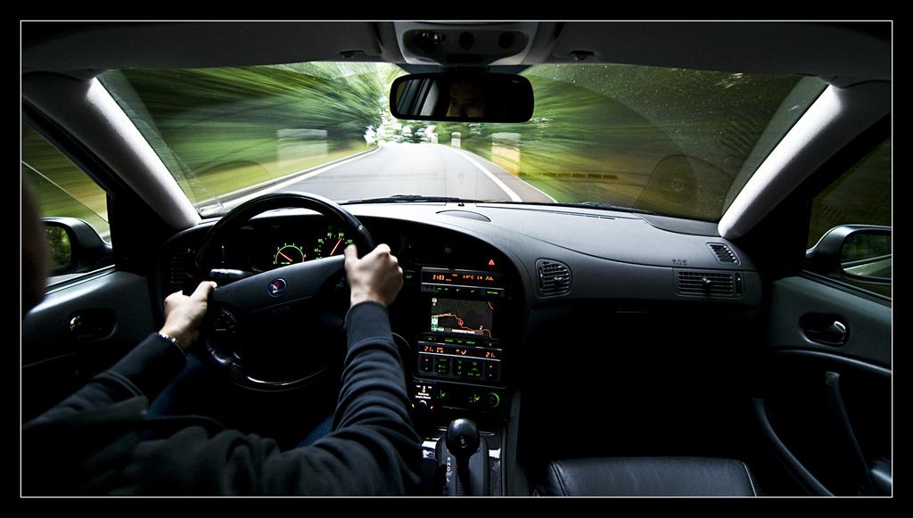 ドライビングテクニック