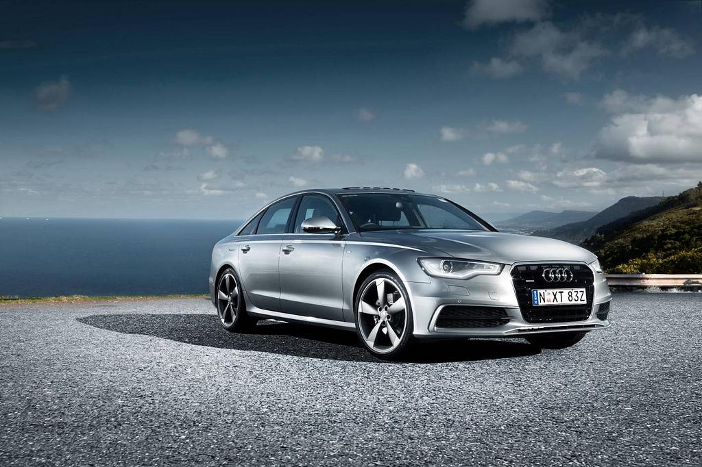 Audi「A6」
